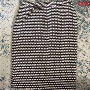 NWT Black and White Pencil Skirt - 4